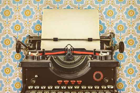 Retro Typewriter | Scribaceous.com